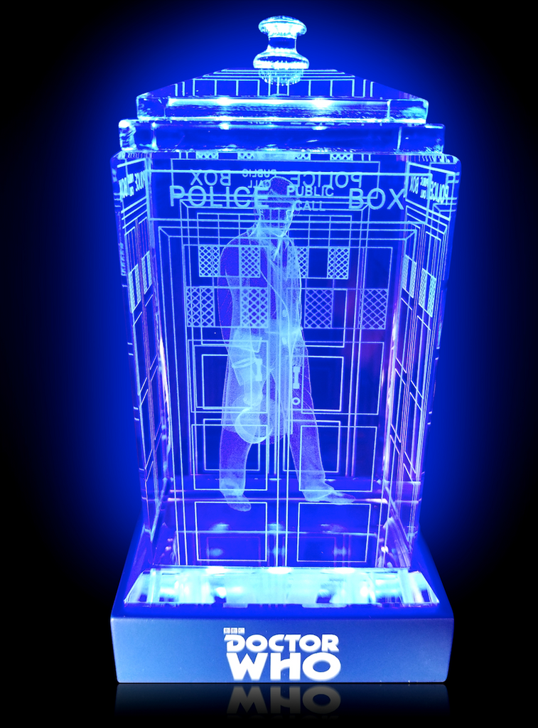 Peter Davidson of Doctor Who laser-engraved in a crystal TARDIS replica on an LED-lit base
