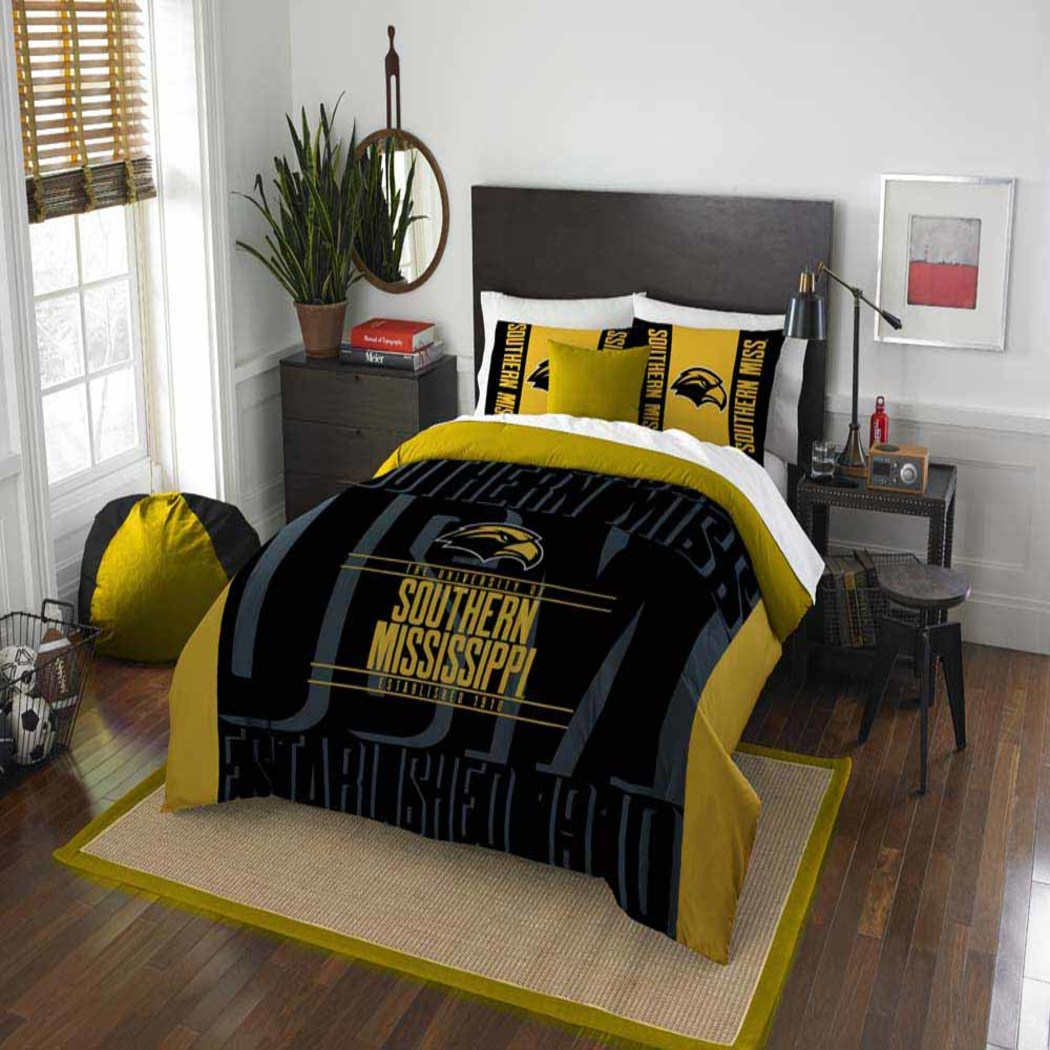 NCAA University Southern Miss Eagles Comforter Set Sports Patterned Bedding Team Logo Fan Merchandise Team Spirit College Basket