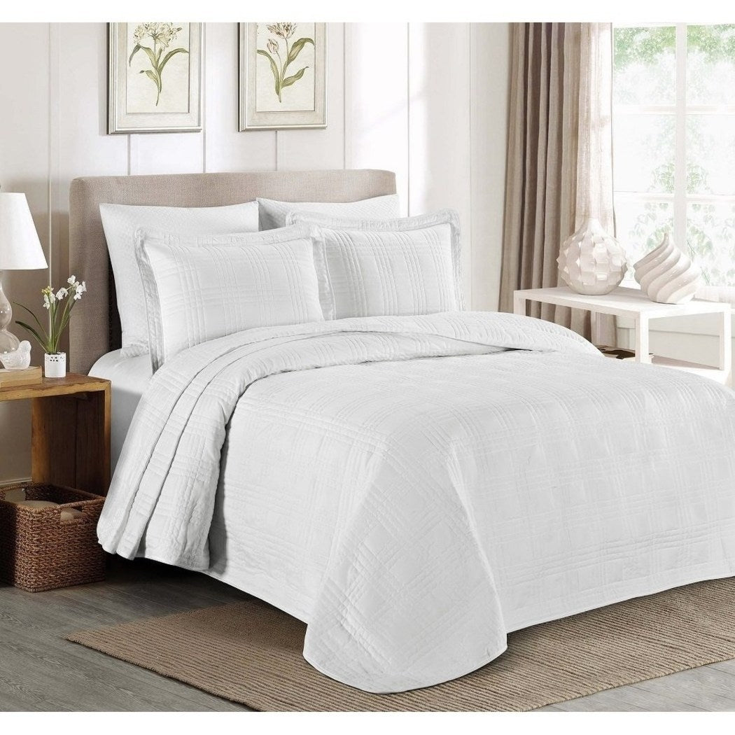 Oversized Bedspread Geometric Pattern Oversize Floor Extra Long Bedding Wide Drapes Over Edge Drops Down Shabby Chic French Country