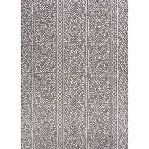 "Tan Indoor/Outdoor Runner Rug 2'3"" X 11'9"" Ivory Geometric Transitional Rectangle Polypropylene Contains Latex"