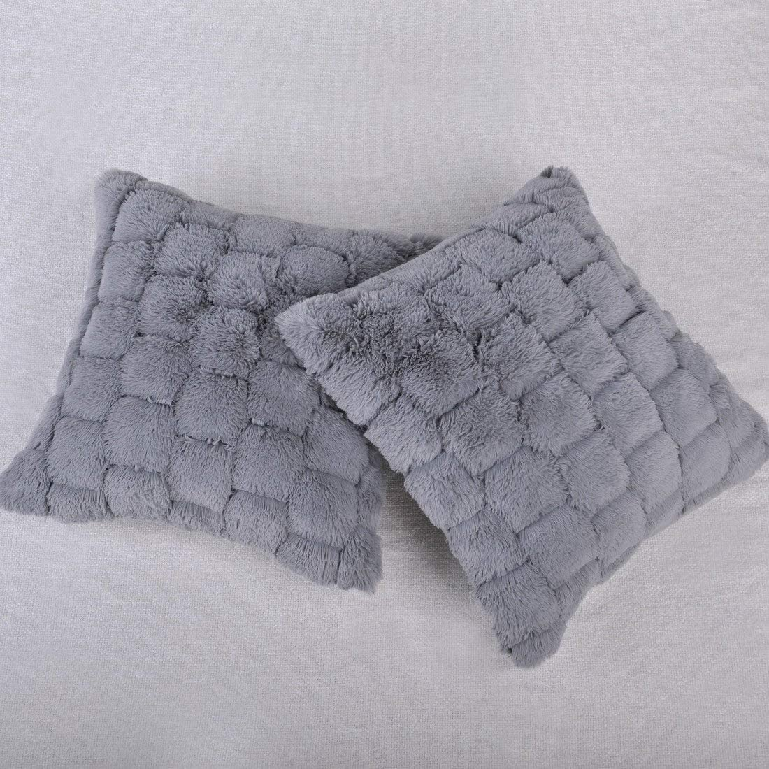 Honeycomb Faux Fur Decorative Throw Pillow Cover (Set 2) Grey Silver Solid Color Modern Contemporary Faux Fur Microfiber Polyester Set 2 Removable