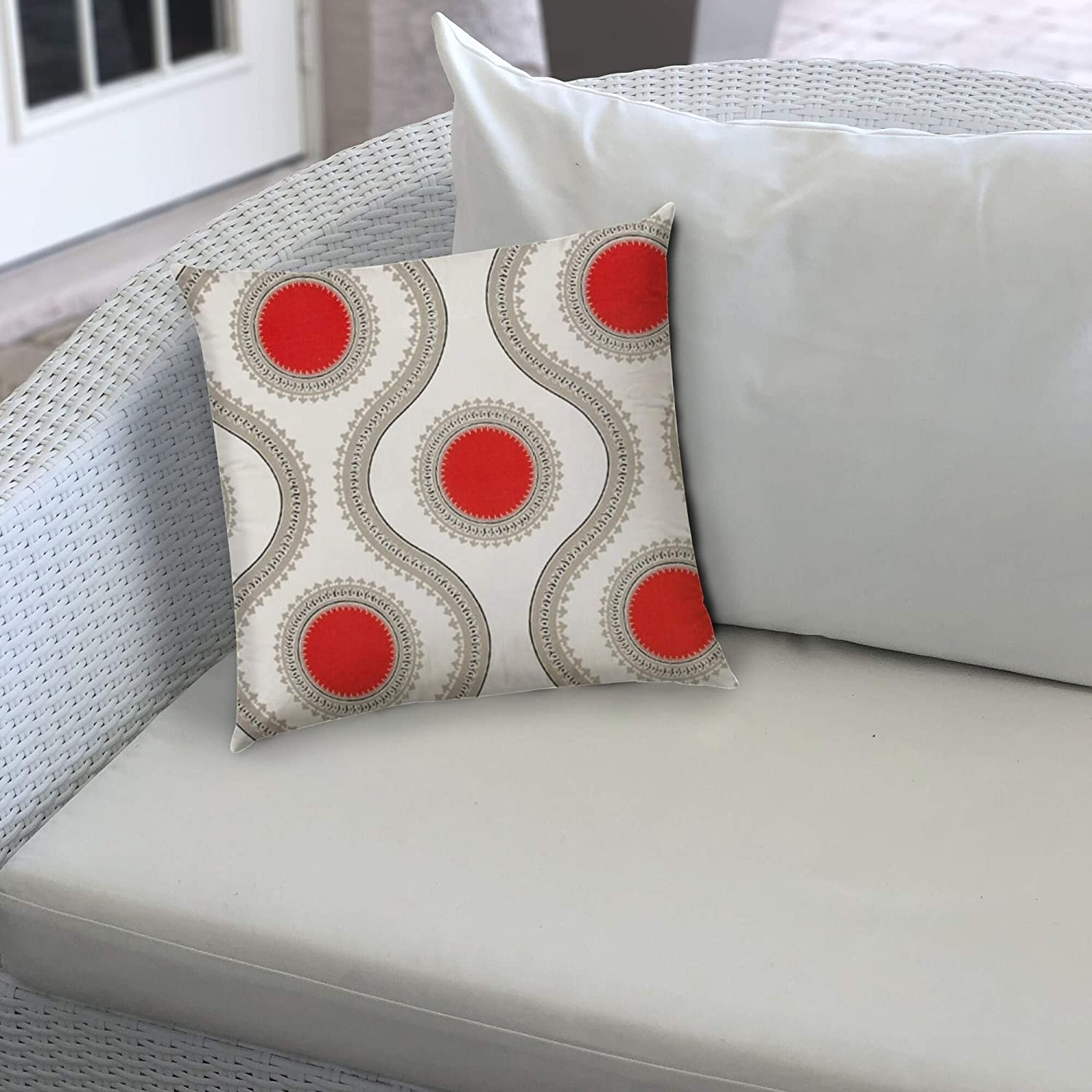 Indoor/Outdoor Pillow Sewn Closure Color Graphic Modern Contemporary Polyester Water Resistant