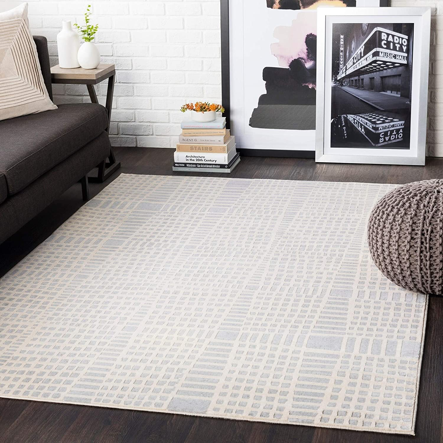 "Light Grey Abstract Grid Area Rug 5'3"" X 7'3"" Brown Geometric Modern Contemporary Polypropylene Synthetic Latex Free Pet Friendly Stain Resistant"