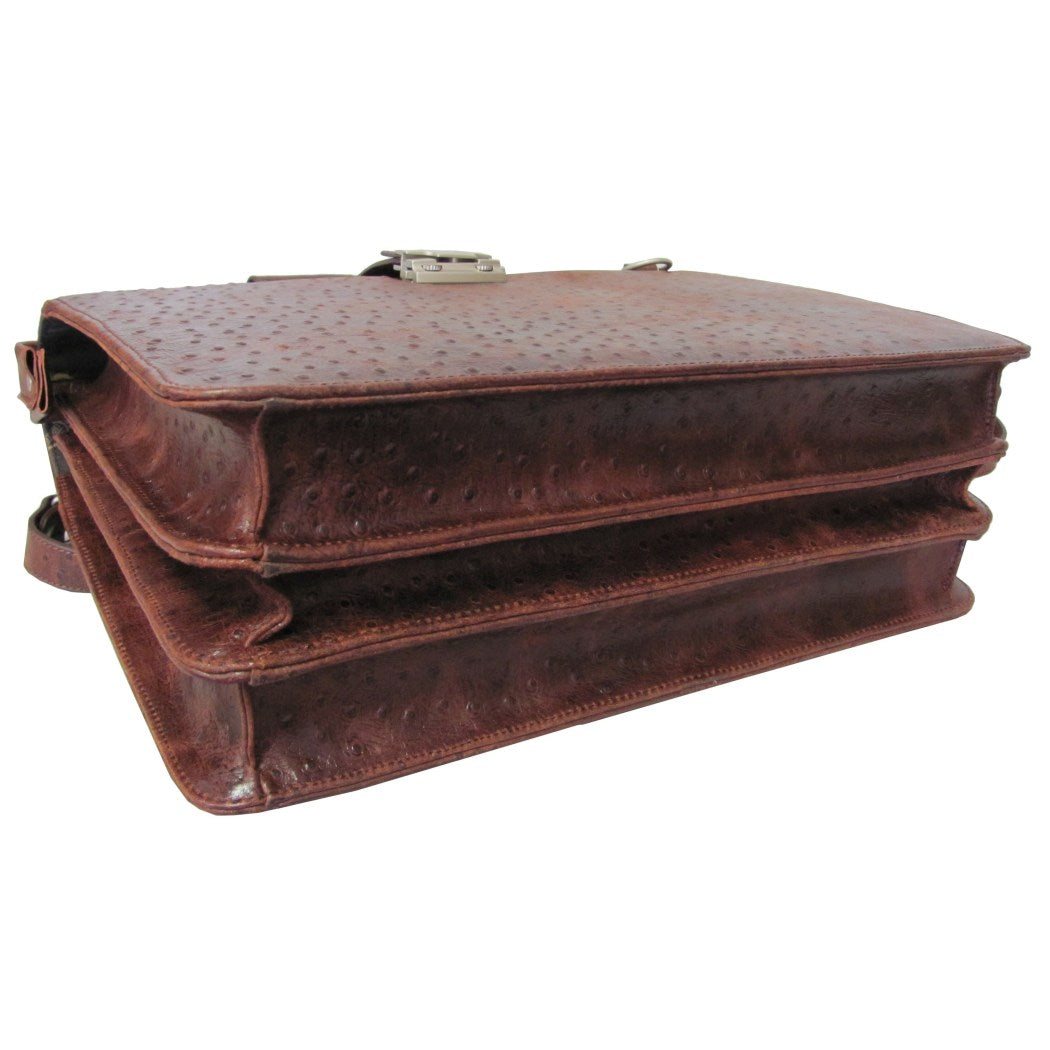 Litigator Briefcase Leather Carriage Bag Business Softside Type Locking Feature Pattern Zippered Security Removable Adjustable Leather