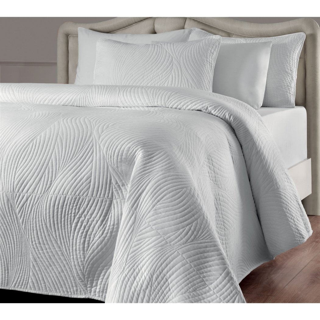 Swirl Stripes Pattern Quilt Set Art Deco Indpired Luxurious Embroidered Tufted Textural Design Boho Chic Soft Cozy Bedding