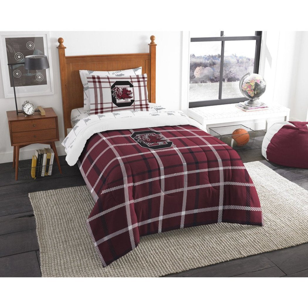 NCAA South Carolina Gamecocks Columbia Twin Comforter Set Red Garnet Black Sports Patterned Bedding Team Logo South Carolina Merchandise Team Spirit - Diamond Home USA