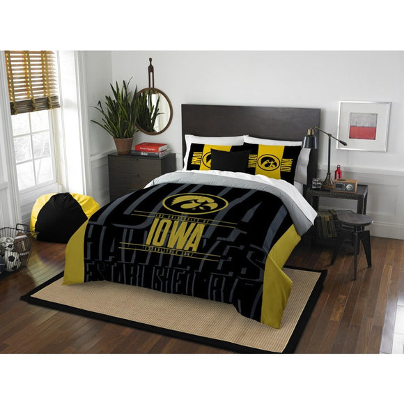 NCAA Hawkeyes Comforter Full Queen Set Black Yellow Sports Patterned Bedding Team Logo Fan Merchandise Athletic Team Spirit Fan College Football - Diamond Home USA