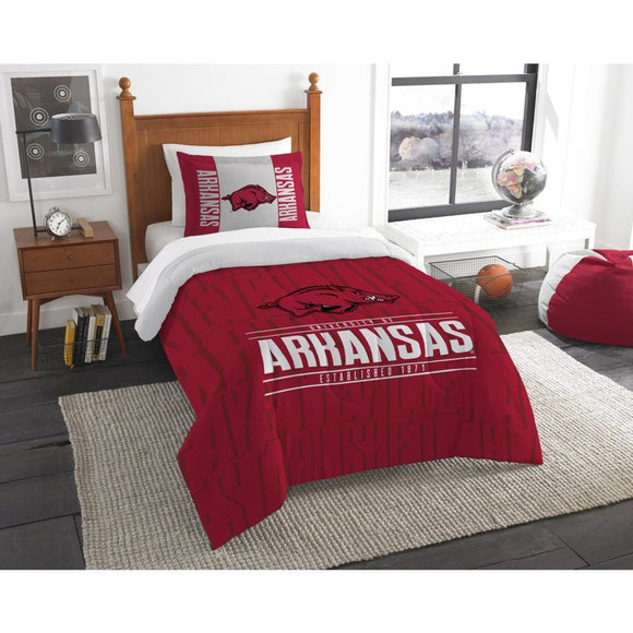 NCAA University Arkansas Razorbacks Comforter Twin Set Sports Patterned Bedding Team Logo Fan Merchandise Team Spirit College Basket Ball Themed Red - Diamond Home USA