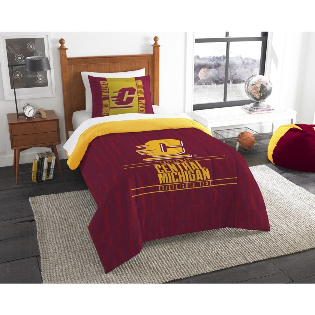 NCAA Central Michigan Chippewas Comforter Twin Set Sports Patterned Bedding Team Logo Fan Merchandise Team Spirit College Basket Ball Themed Red - Diamond Home USA