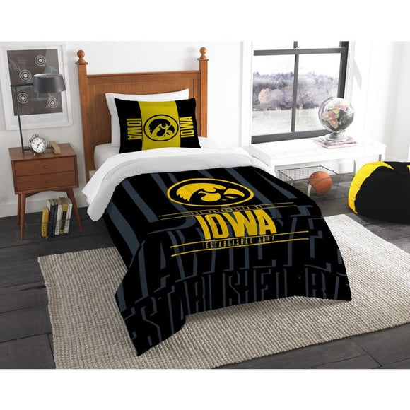 NCAA University Iowa Hawkeyes Comforter Twin Set Sports Patterned Bedding Team Logo Fan Merchandise Team Spirit College Basket Ball Themed Black - Diamond Home USA