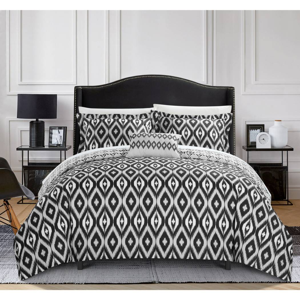 Ikat Duvet Cover Set Geometric Diamond Pattern Themed Bedding Medallion Textured Shabby Chic Southwest Sleek Trendy Classic