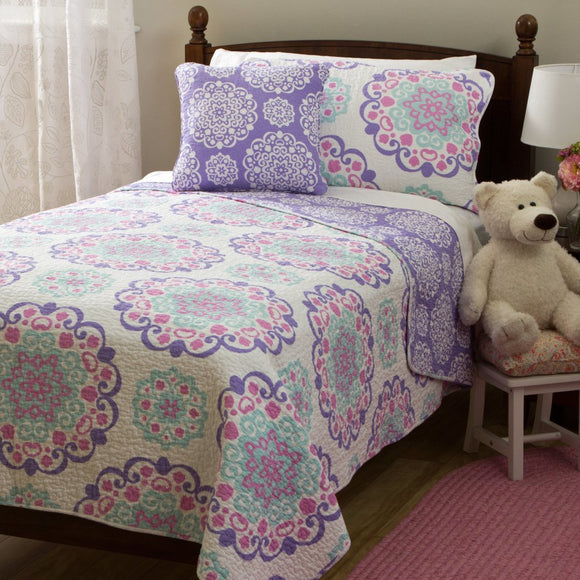 Girls Medallion Quilt Set Cute Flowers Mandala Motif Bedding Floral Heart Swirl Pattern Bohemian Boho Chic Flower Themed