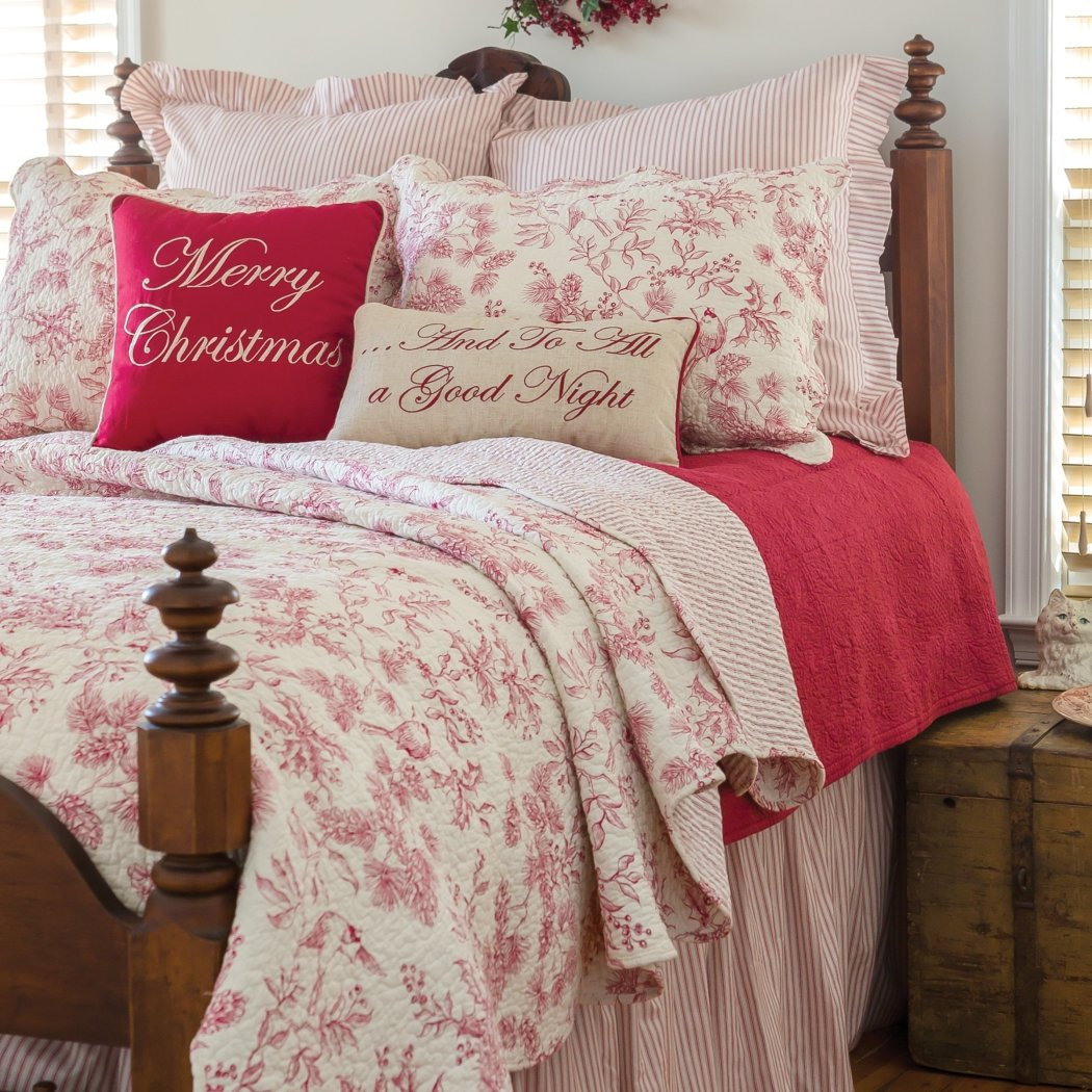 Christmas Quilt Set Shabby Chic Holiday Theme Bedding Floral Pine Cones Cheerful Holly Berries Winter Flower Pattern