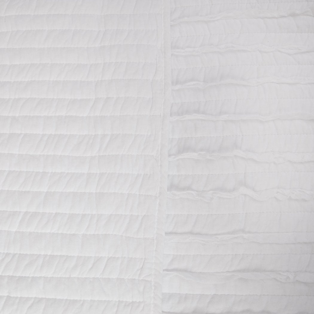 Greenland Home Fashions Ruffled Quilt Set White
