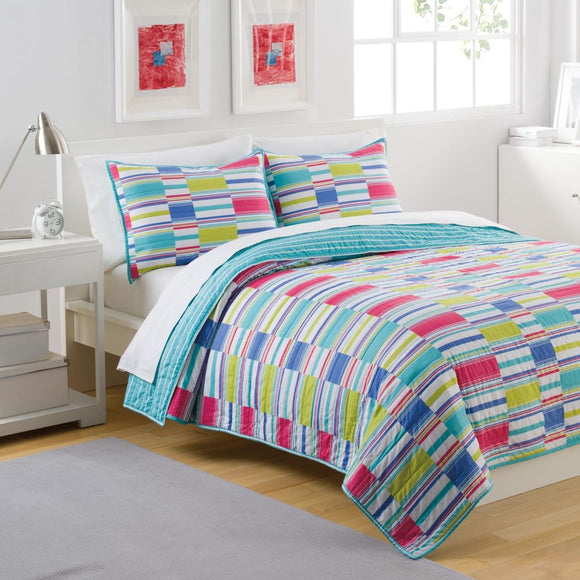 Cottage Summer Stripe Quilt Set Cute Pretty Horizontal Stripes Patterns Splashy Emsemble Vibrant