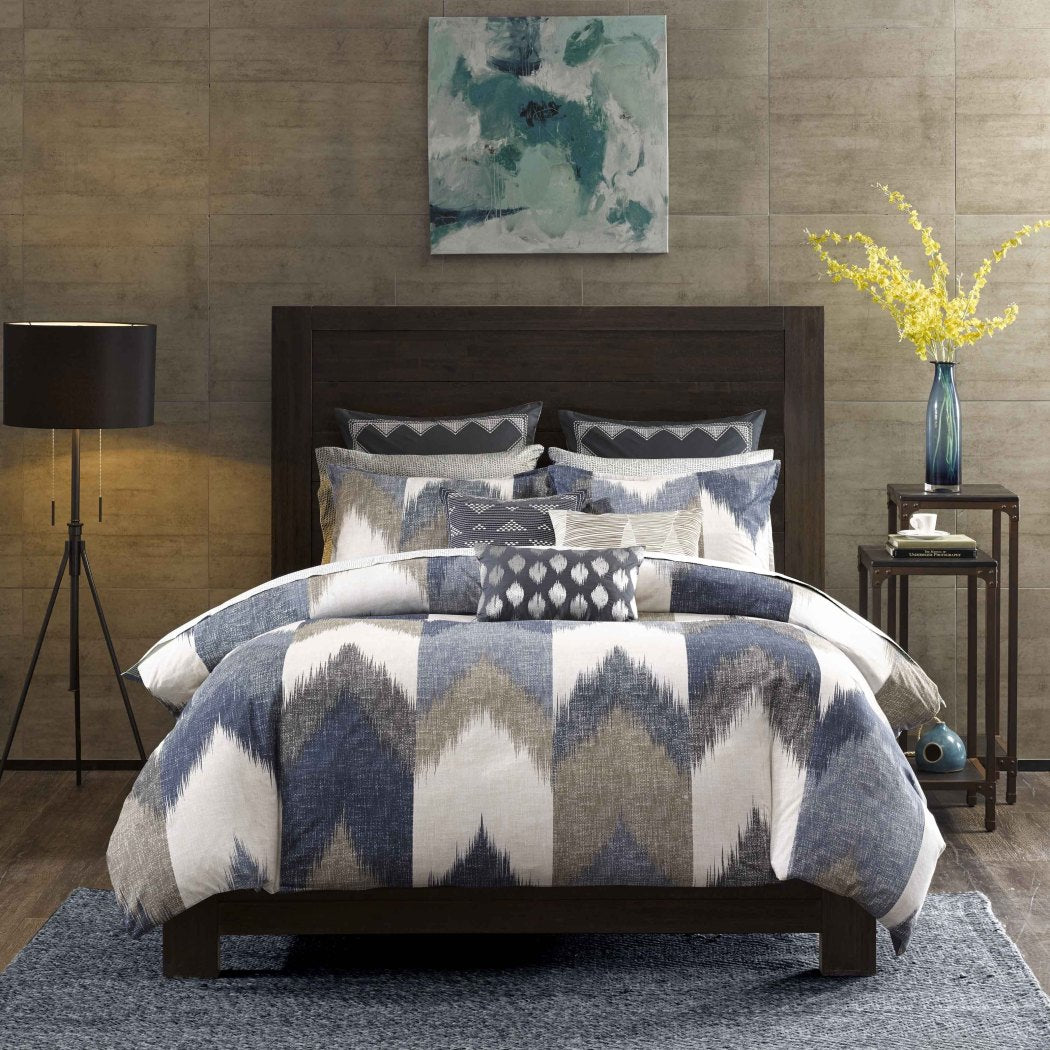 Chevron Themed Comforter Set Zig Zag Shades Design Adorable V Shape Striped Pattern Contemporary Patterned Bedding