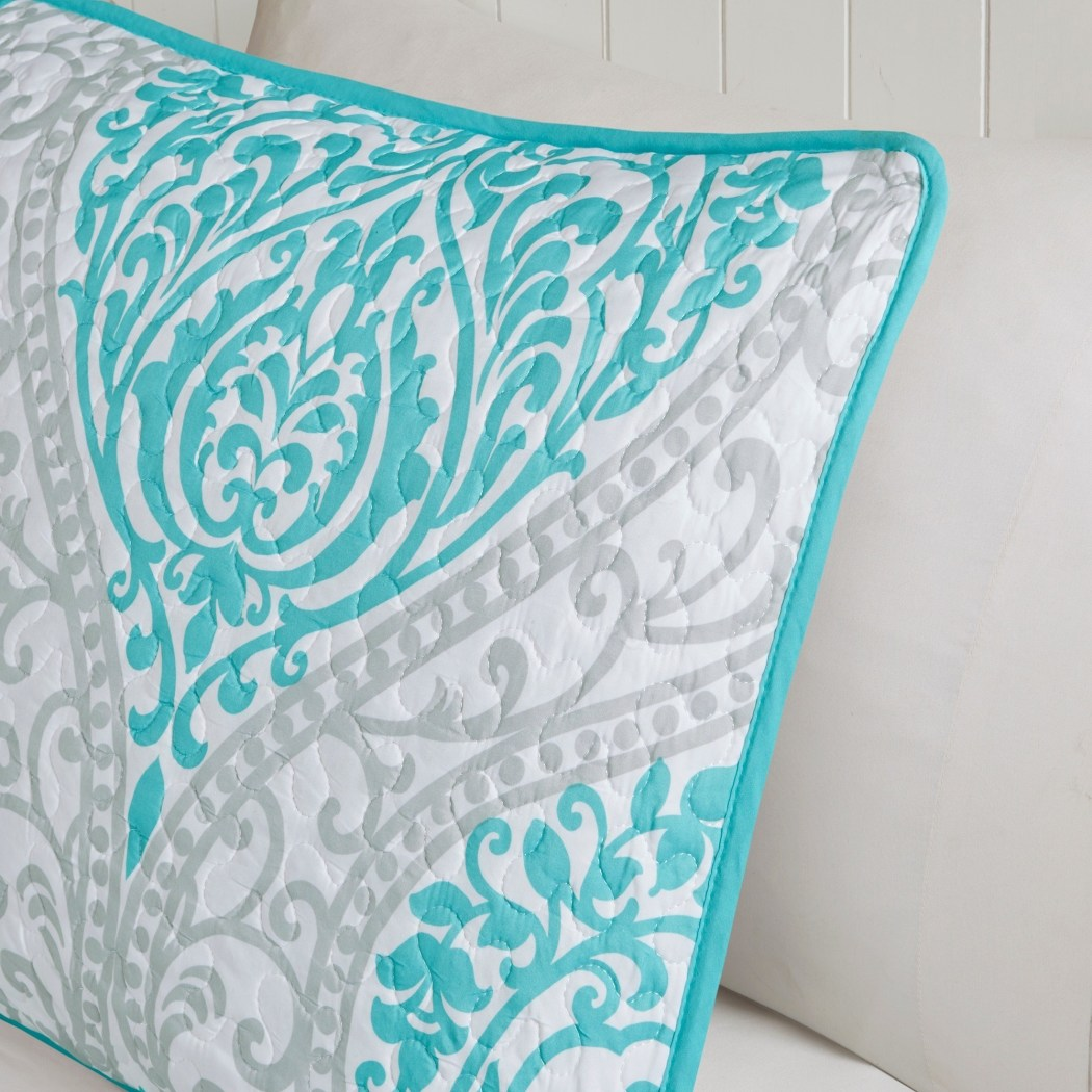 Damask Coverlet Set Bohemian Motif Shabby Chic Lilly Floral Flowers Vintage Cottage Cabin Lake House Beach House