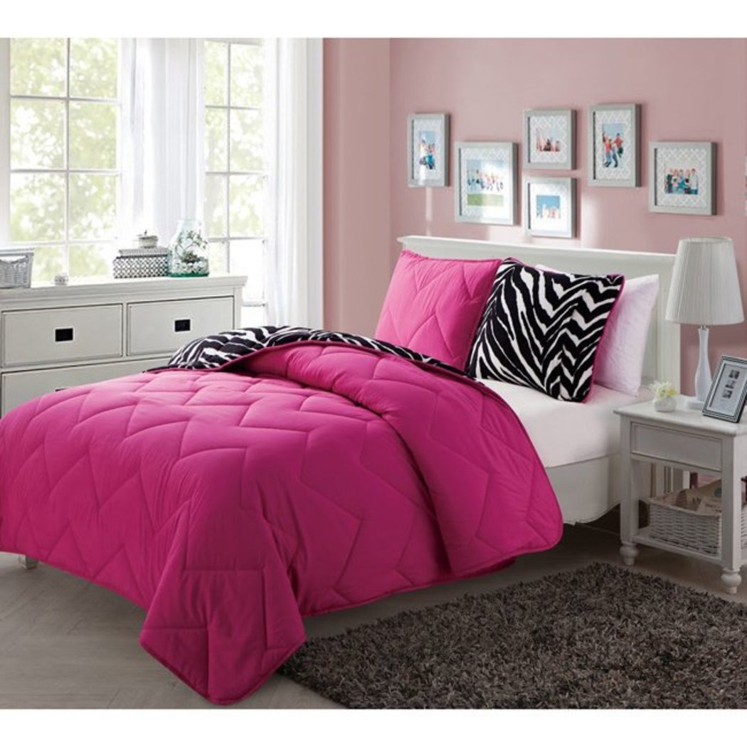 Kids Polyester Romantic Comforter Set Chevron Pattern Contemporary Bedding