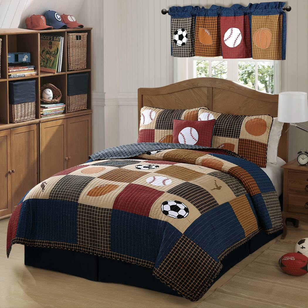 Boys Sports Quilt Set Kids Patchwork All Star Plaid Sport Bedding Fun Soccer Ball Baseball Basketball Football Patch Work Themed Pattern