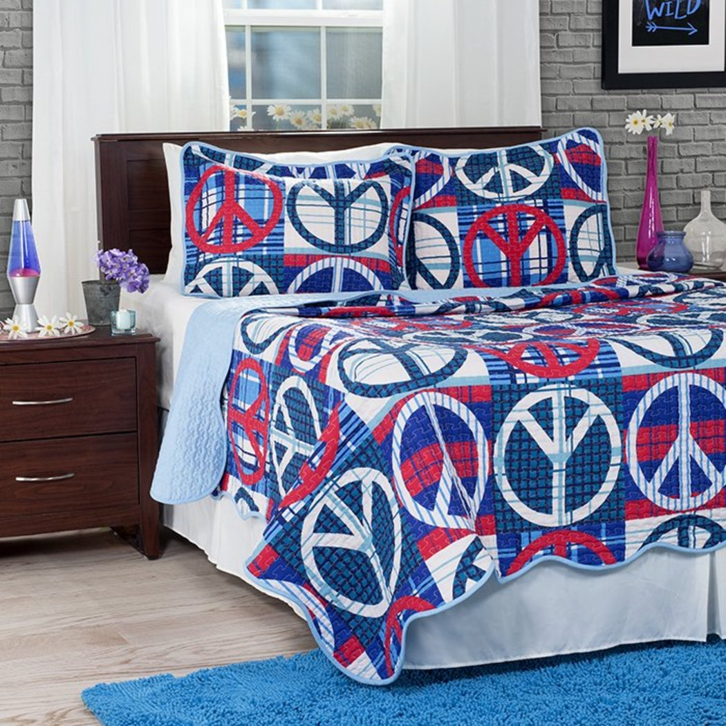 Abstract Peace Sign Quilt Set Polyester Embroidered Pattern Casual Classic Contemporary Modern Master Bedrooms