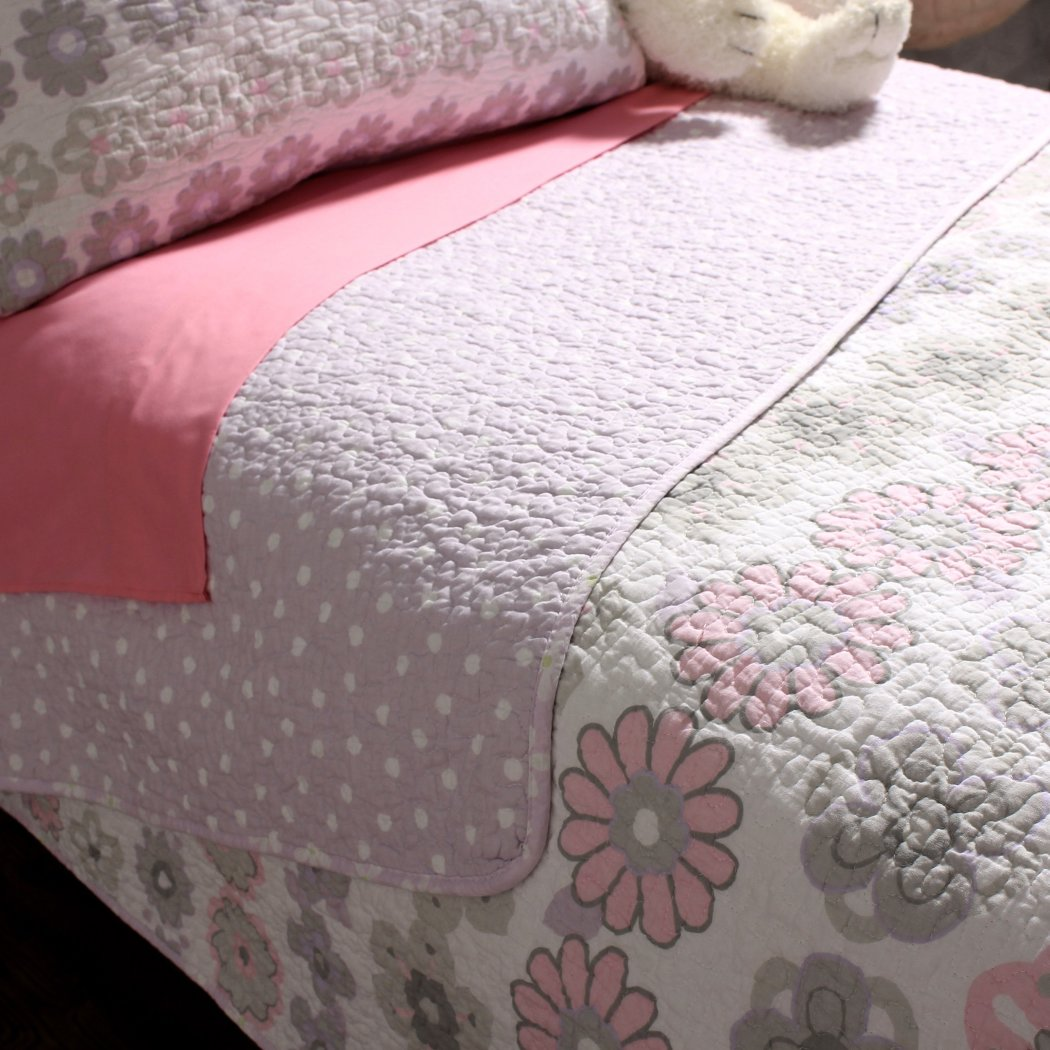 Girls Floral Theme Quilt Pretty Geometric Medallion Daisy Flower Bedding Girly Polka Dot Themed Pattern
