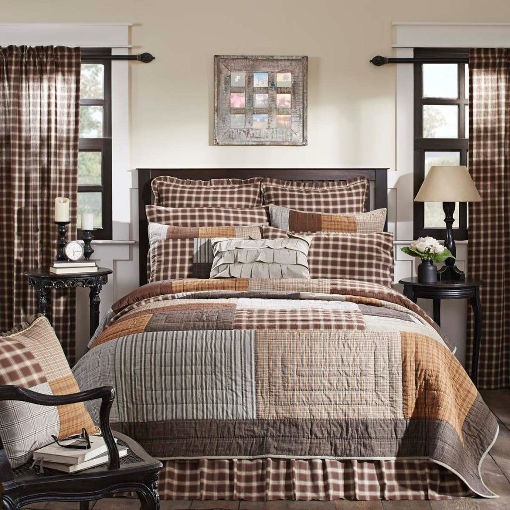 Plaid Patchwork Pattern Quilt Elegant Artistic Windowpane Checkered Stripes Hand Quilted Design Bedding French Country Vibrant