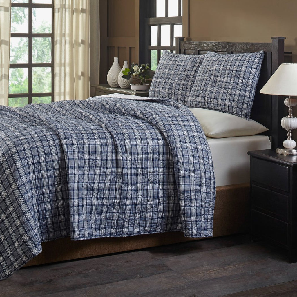 Plaid Pattern Quilt Set Luxurious Gingham Checkered Bedding Stripes Check Diamond Textured Design Bright Classic