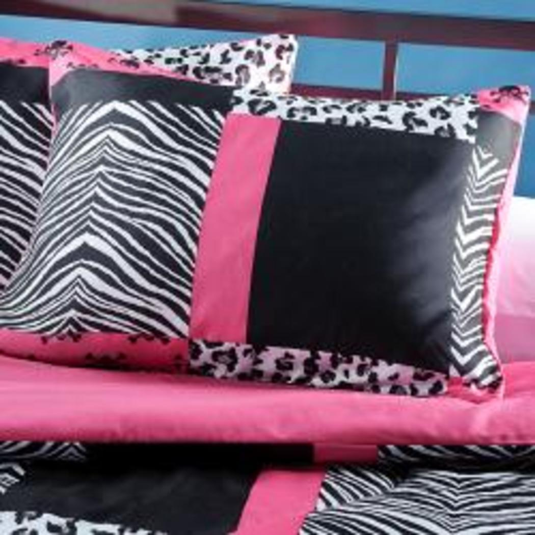 Girls Pink Black White Animal Comforter Twin Set Chic Trendy Skull Patchwork Theme Bedding Girly Fun Patch Work Zebra Cheetah Leopard Skulls Themed - Diamond Home USA