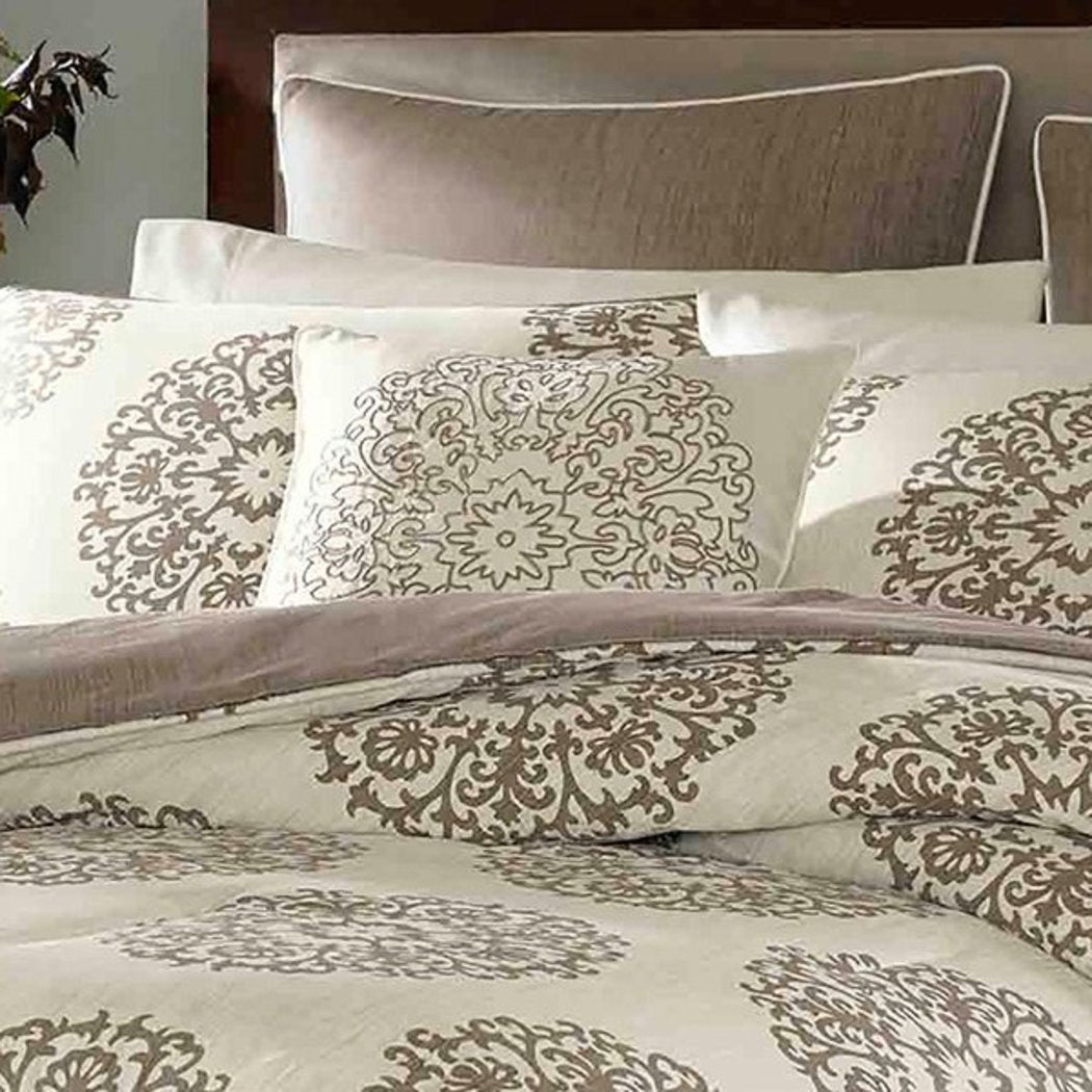 U Polo Association Quilt Set (Julie Floral