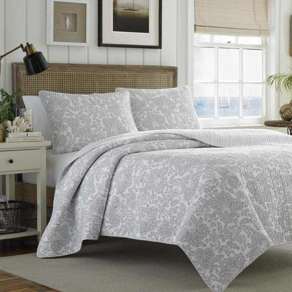 Paisley Quilt Set Geometric Coastal Medallion Floral Pattern Theme Bedding Lake House Cottage Modern Shabby Chic Classic Motif
