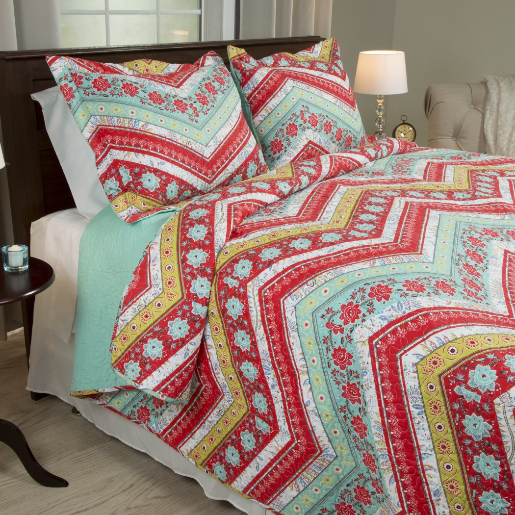 Girl Rainbow Floral Chevron Theme Quilt Set Pretty Girly Vibrant Flower Zigzag Bedding Horizontal Zig Zag Flowers Themed Pattern Red