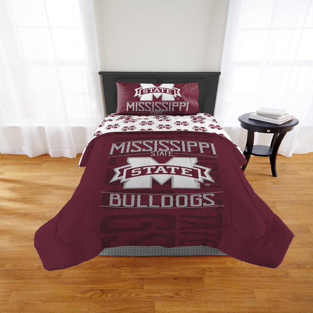 NCAA Mississippi State Bulldogs Comforter Twin/Full Sports Patterned Bedding Team Logo Fan Merchandise Team Spirit College Basket Ball Themed Red