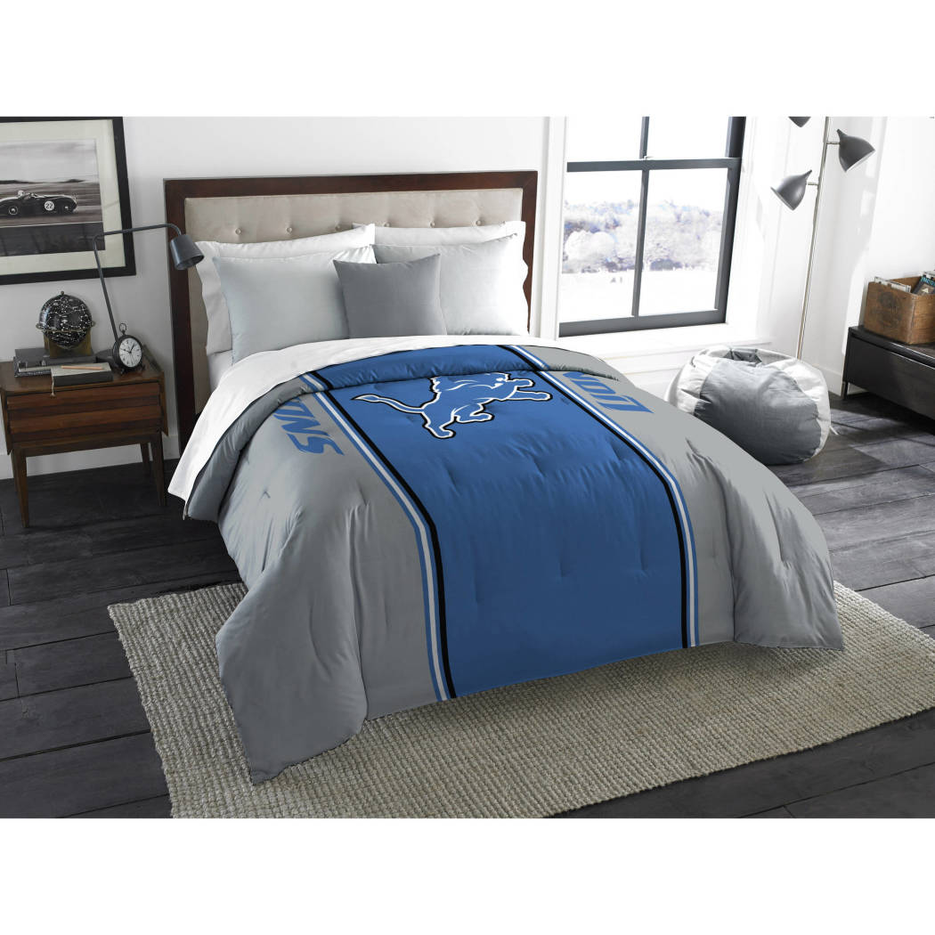 NFL Detroit Lions Comforter Twin/Full Sports Patterned Bedding Team Logo Fan Merchandise Team Spirit Football Themed National Football League Blue