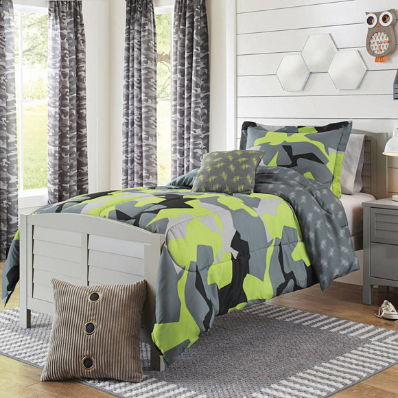 Boys Camo Comforter Set Camouflage Pattern Army Themed Stylish Plaid Design Kids Bedding Teen Bedroom