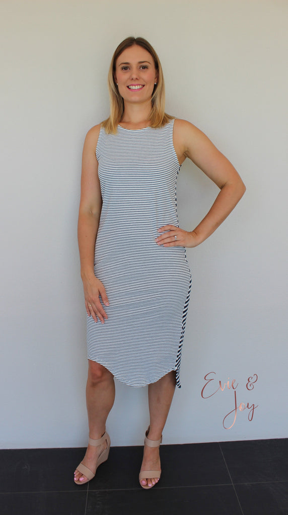 The Only Way Dress - Navy/White
