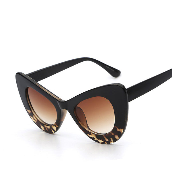 Lady Cat Eye Oversized Retro Vintage Fashion Sunglasses - primatrends.com