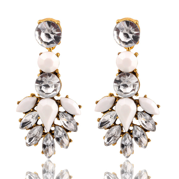 Round White Crystal Acrylic Stud Earring - primatrends.com