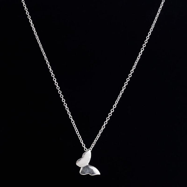 Delicate Single Butterfly Pendant Necklace - primatrends.com