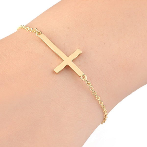 Simple Cross Charm Bracelet - primatrends.com