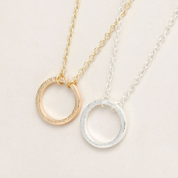 Delicate Forever Circle Pendant Necklace - primatrends.com