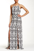 LoveRiche- Maxi Dress