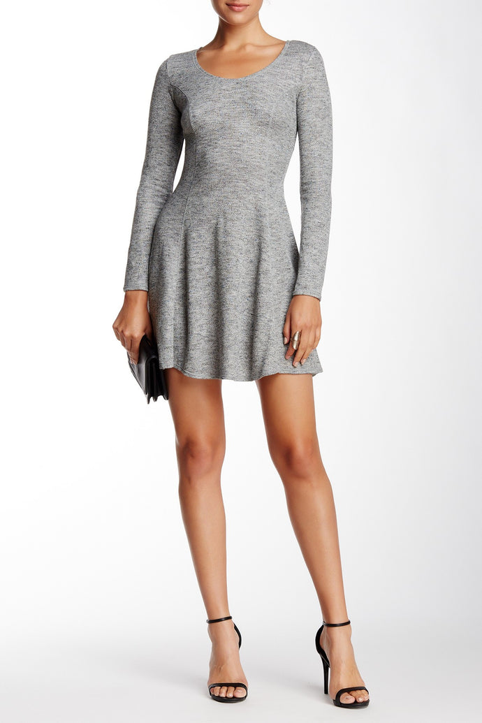 Max Studio - Long Sleeve Scoop Neck Trapeze Dress