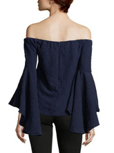 Romeo & Juliet Couture Bell-Sleeve Blouse