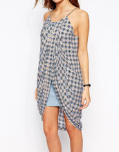 JOVONNA - Drape Dress In Geo Print