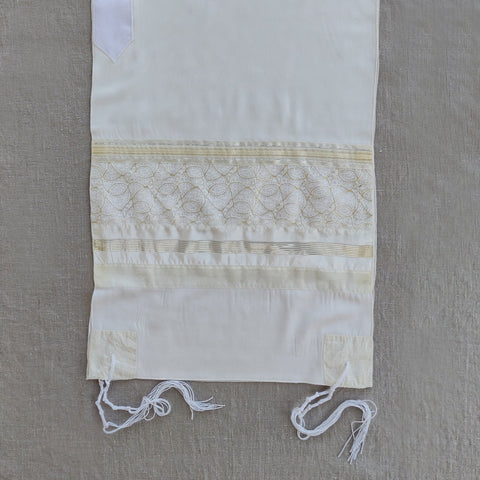 Lady Gabrieli - Viscose Tallit - Gold