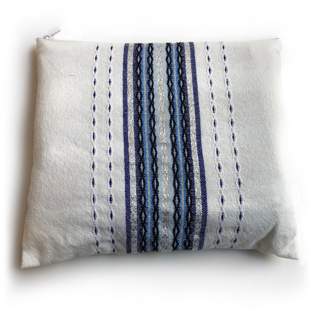 Gabrieli Premium - Wool - White with shades of Blue & Silver
