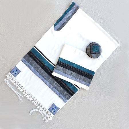 NEW - Elegant Gabrieli tallit - Turquoise on White