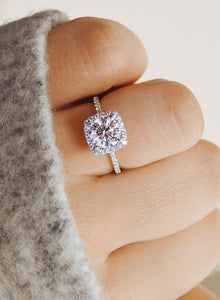 Diamond Round Halo Ring - GenieMania