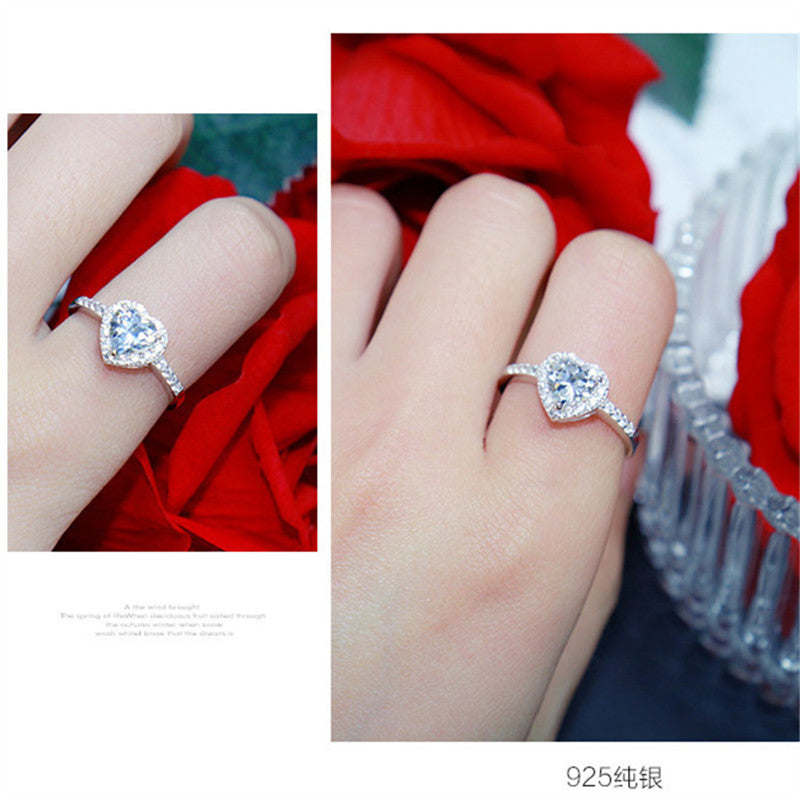 Classic Heart Diamond Queen Ring