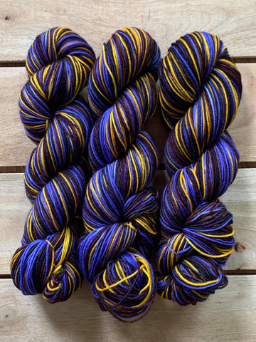 Ready to Ship - Burnside - Self-Striping Yarn